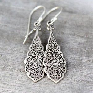 Vintage hollow lace wedding party dangle Earrings for women