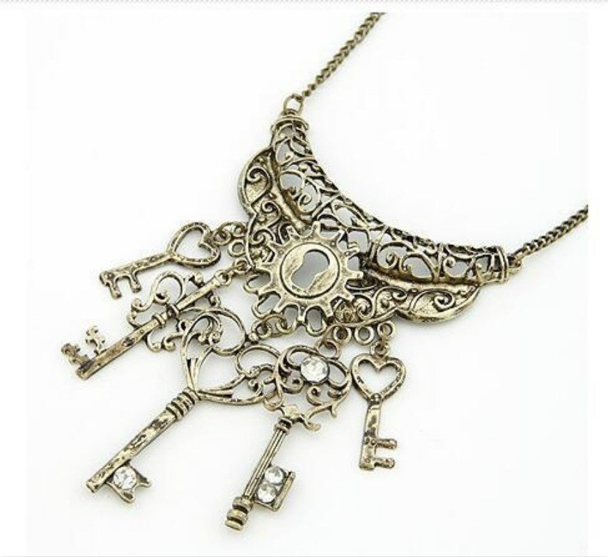 1 Pc Popular Fashion Necklace Vintage Elegant Key Rhinestone Bronze Necklace