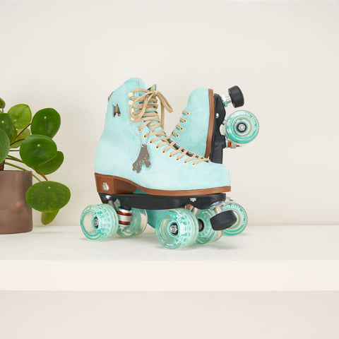 Moxi Lolly Floss Rollerskates