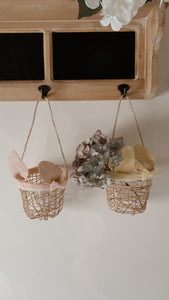 Basket with bunny ears - pink or yellow