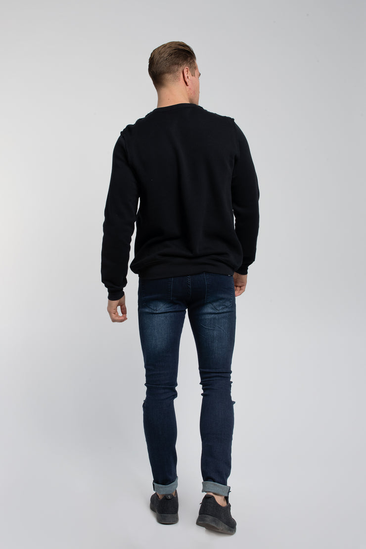 Crucial Pullover in Black - image no.3