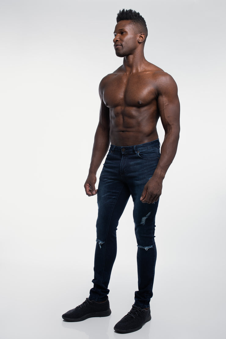 Slim Athletic Fit in Destroyed Dark Distressed - image no.2