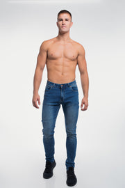 Straight Athletic Fit in Medium Wash - thumbnail image no.2