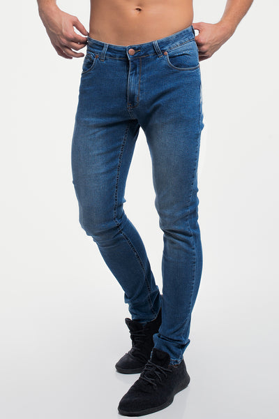 Straight Athletic Fit in Medium Wash ( Tall )
