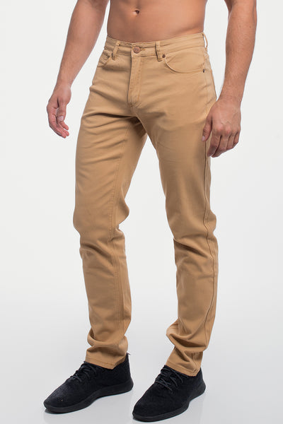 Athletic Chino Pant in Khaki