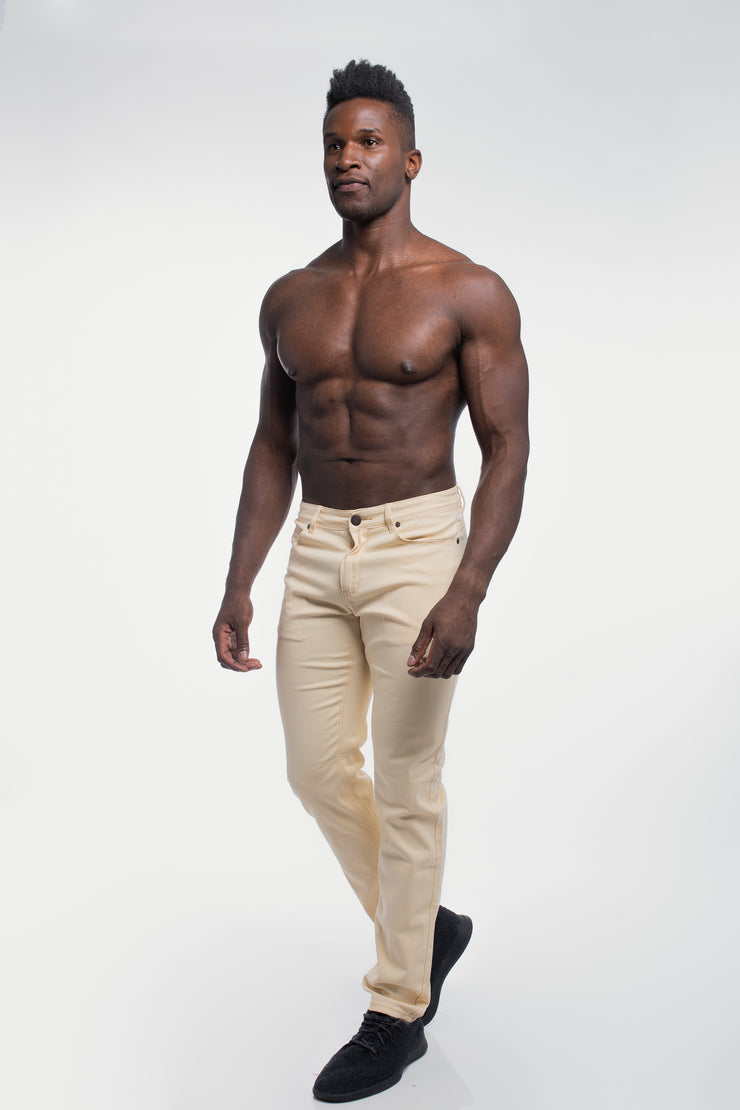 Athletic Chino Pant in Sand - image no.4