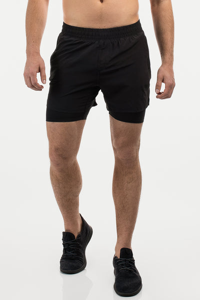 Maverick Short in Black