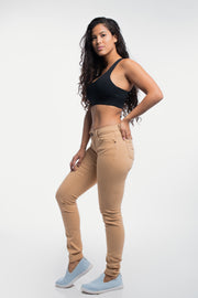 Athletic Chino Pant in Khaki - thumbnail image no.2