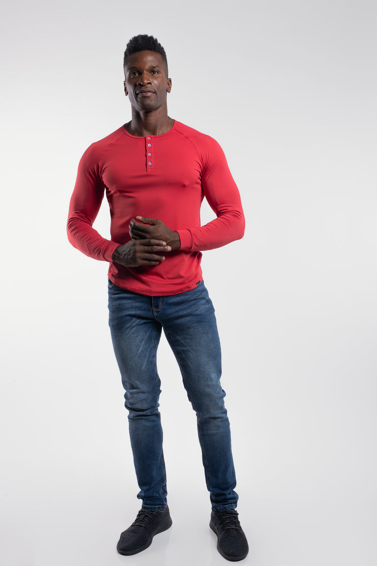 Scout Henley in Crimson - image no.4