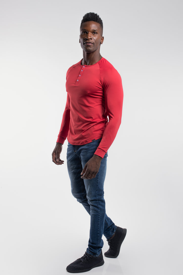 Scout Henley in Crimson - image no.2