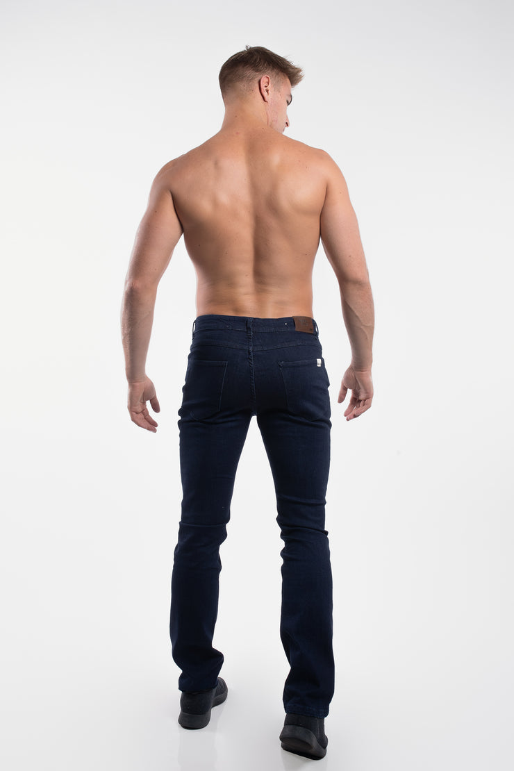 Boot Cut Athletic Fit in Dark Rinse - image no.3