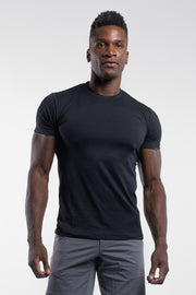 Havok Short Sleeve in Pitch Black - thumbnail image no.1