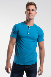 Scout Short Sleeve Henley in Steel - thumbnail image no.1