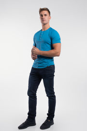 Scout Short Sleeve Henley in Steel - thumbnail image no.2