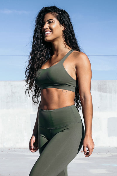 Form Sports Bra in Rifle Green