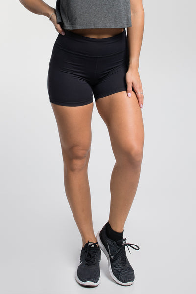 Stayput Short in Black
