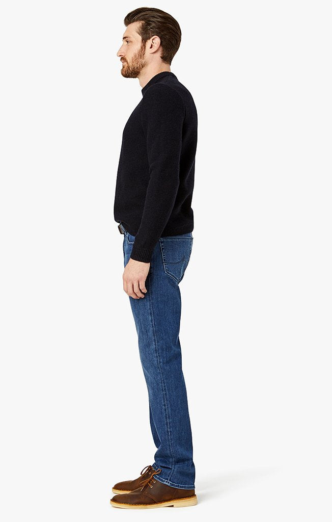 34 Heritage Courage Straight Leg Jeans in Mid Urban