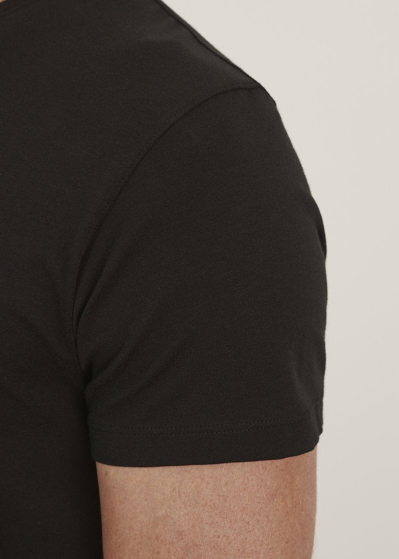 Patrick Assaraf Iconic Pima Cotton Stretch T-Shirt in Black