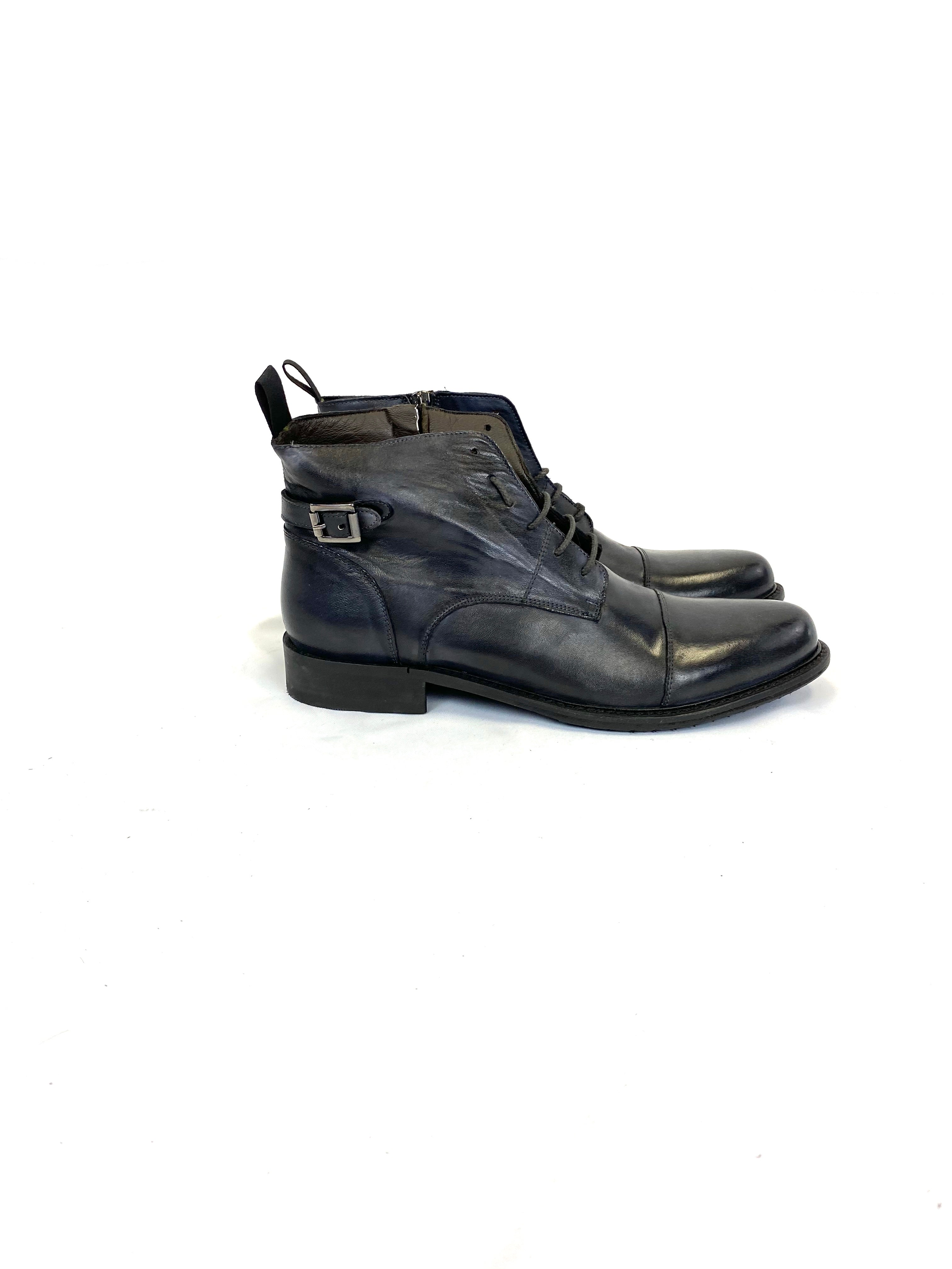Hamlet Twelve Leather Boot in Anthracite