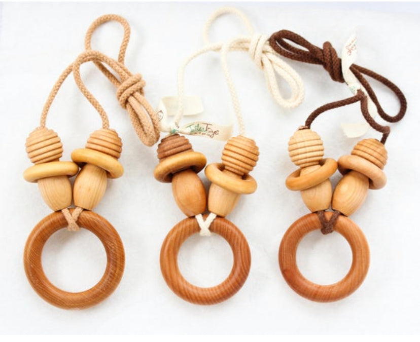 The Original Organic TeetherToys® MOMMY-RING TEETHER NECKLACE