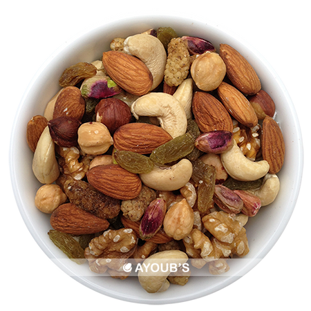 Mix of Pistachios Almonds Cashews Hazelnuts Walnuts Raisins Mulberries