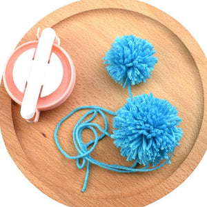 8 Pack Pompom Maker Kit
