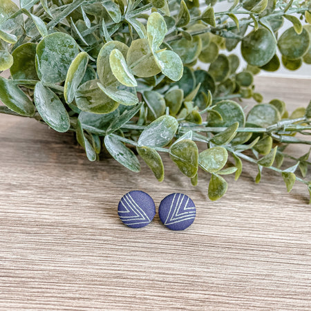 Blue Steel, 12mm or 15mm fabric studs with gold plated posts.  Blue steel grey colour with silver/grey triangles.