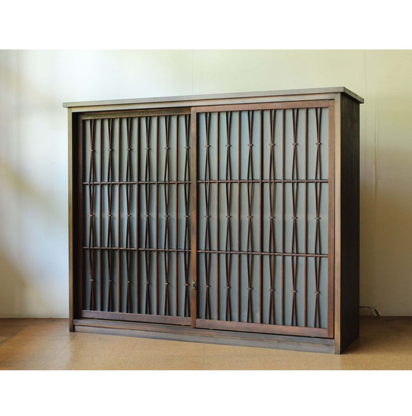 f0208.松葉組子格子ガラス戸棚 【 pine-needles pattern sliding door cabinet 】