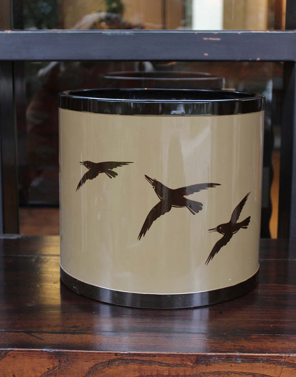 s1369 烏飛翔図乾漆火鉢 【Lacquered brazier with crows flying design】