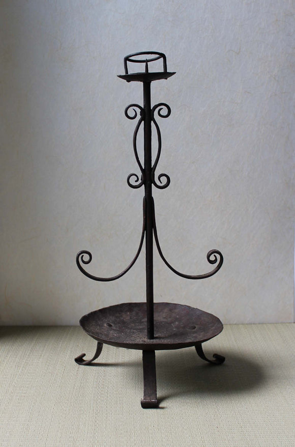 s1337 鉄燭台 【Iron candle stand】