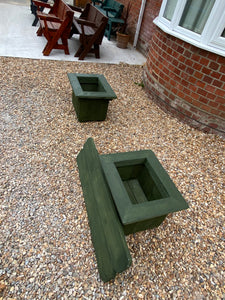 Planters with Removable Bench