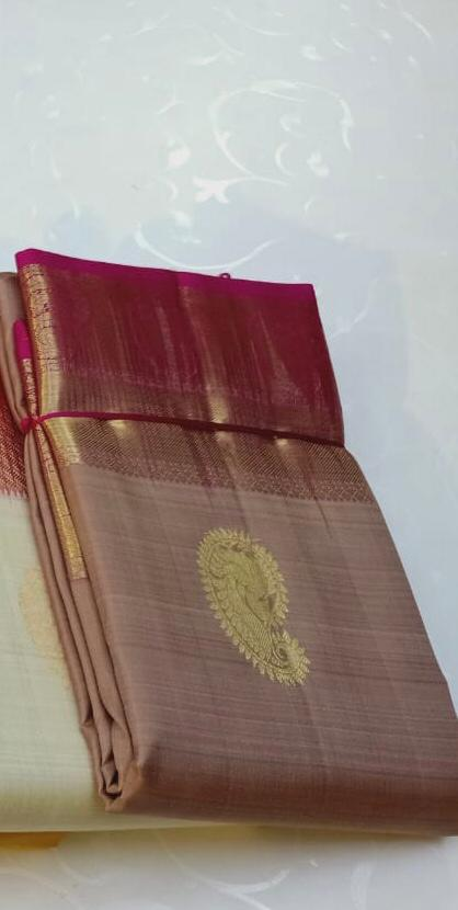 PURE KANCHIPURAM SILK LIGHT SHADE WITH CONTRAST BORDER