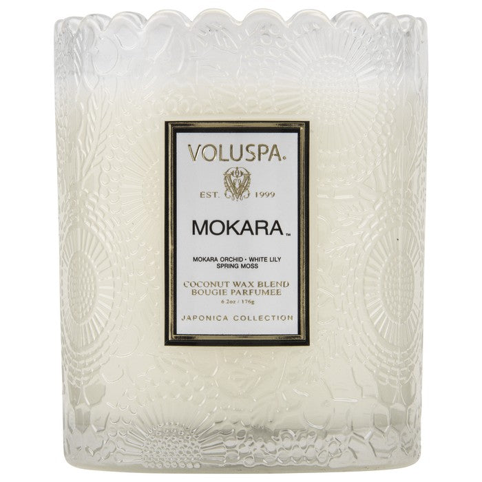 VOLUSPA - EMBOSSED GLASS SCALLOPED EDGE CANDLE - MOKARA