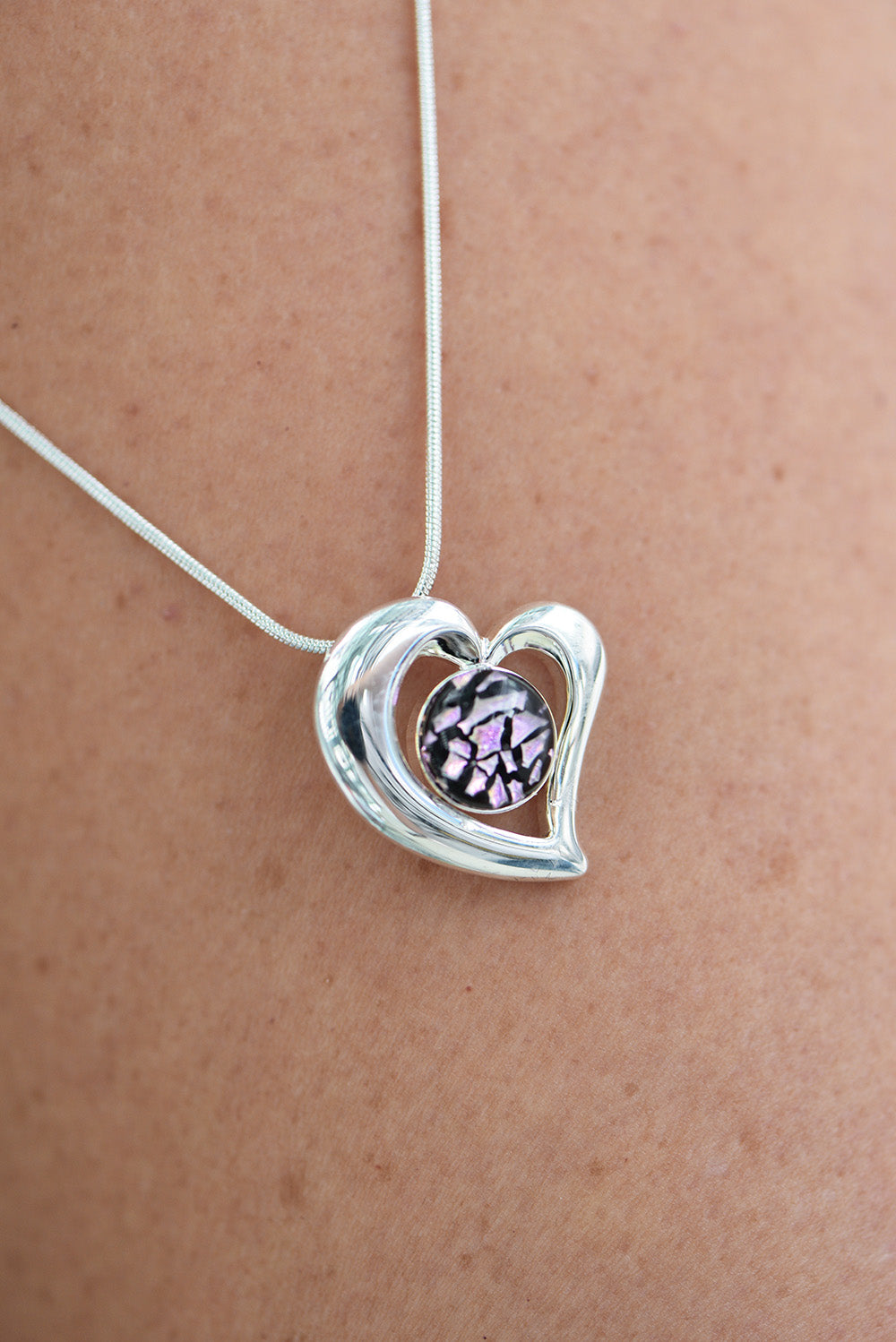 Bede Glass - Glass Heart Pendant - Purple and black