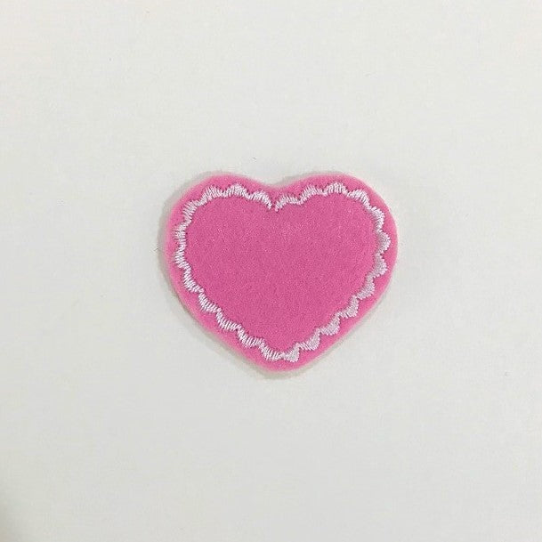 Heart Shape Feltie Embroidery Design, Scallop Stitch Outline