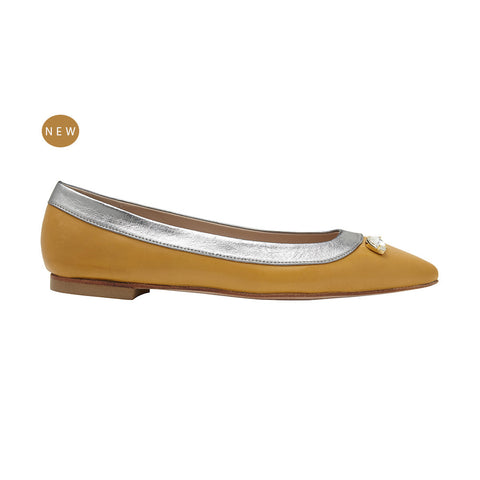 L'Amore A Punta deluxe pointed flat nappa saffron