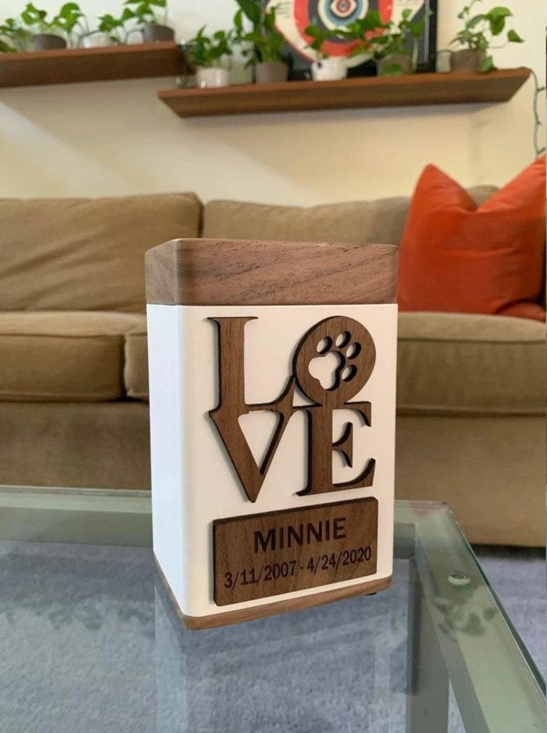 Pet Urn with Personalized Nameplate