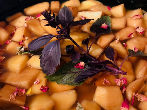 Quince steeping
