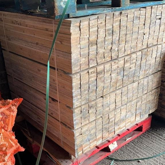 New Pallet Wood available in single planks for sale