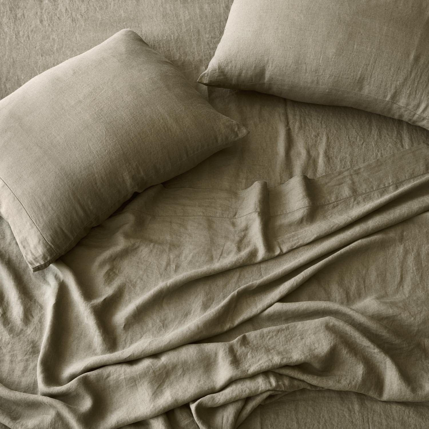 Stonewashed Linen Sheet Set Includes Pillowcases Top Fitted Sheet The Citizenry