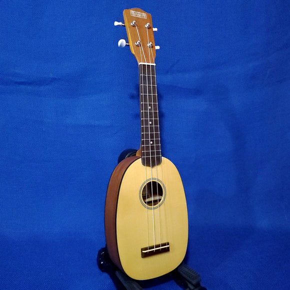 Makai Soprano Pineapple MP-71 Solid Spruce Top/ Laminate Mahogany Matte Ukulele i182