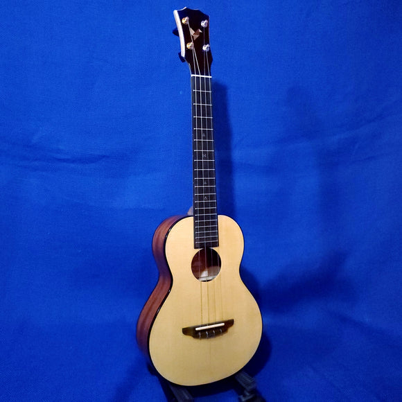 The Rebel Tenor Prototype Double Cheesecake with Binding All Solid Spruce / Mahogany Ukulele w/ Bag i291