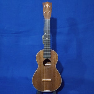 "Martin Custom Shop Concert Style 3 ""Modern Vintage"" Model All Solid Sinker Mahogany / Maple Accents / Bowtie Inlay Made in America Ukulele w/ Case i531"