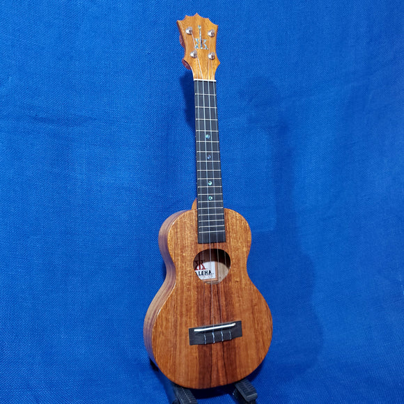 KoAloha Concert All Solid Koa KCM-00 Made in Hawaii Ukulele w/ Hardcase U016