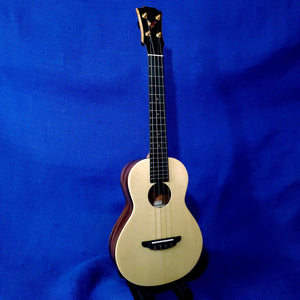 The Rebel Tenor Double Cheesecake All Solid Spruce / Mahogany Ukulele w/ Bag U363