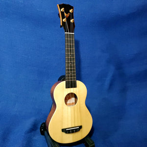 The Rebel Soprano Slimline Cheesecake All Solid Spruce / Mahogany Ukulele w/ Bag U221