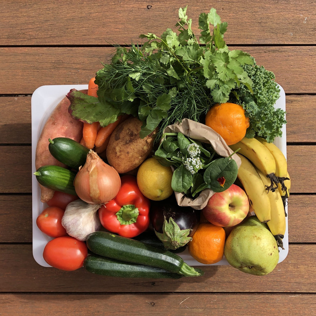 Medium Family Organic Produce Box