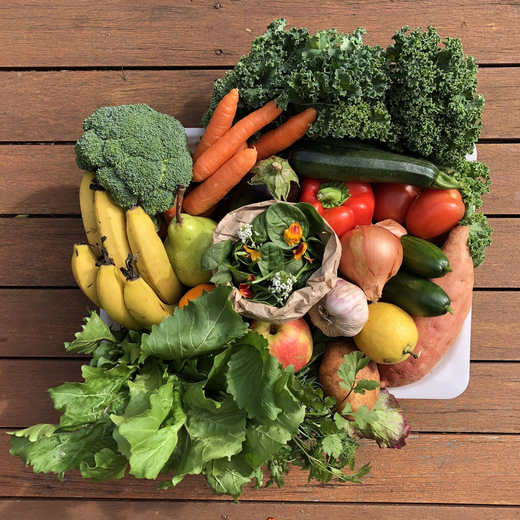 Large Family Organic Produce Box