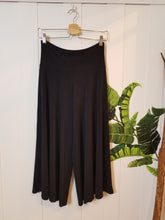 Load image into Gallery viewer, Wide Leg Gaucho Capris in 'Black Spade' Majestic Knit