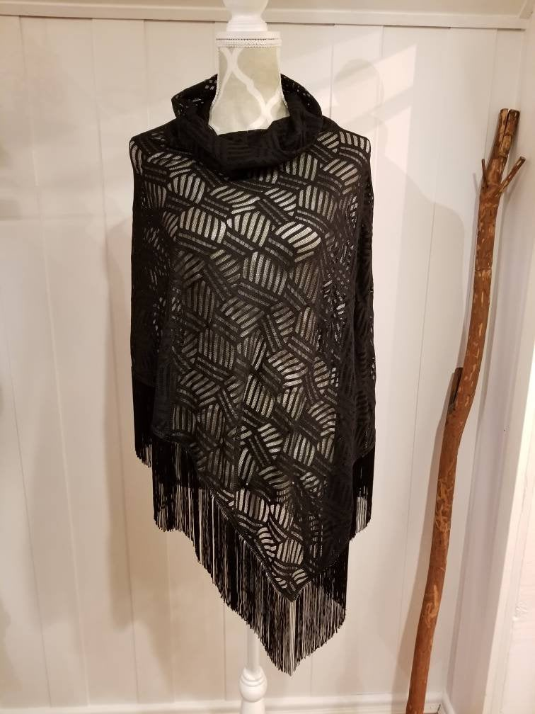 Collared Poncho in Black Crosshatch | One size